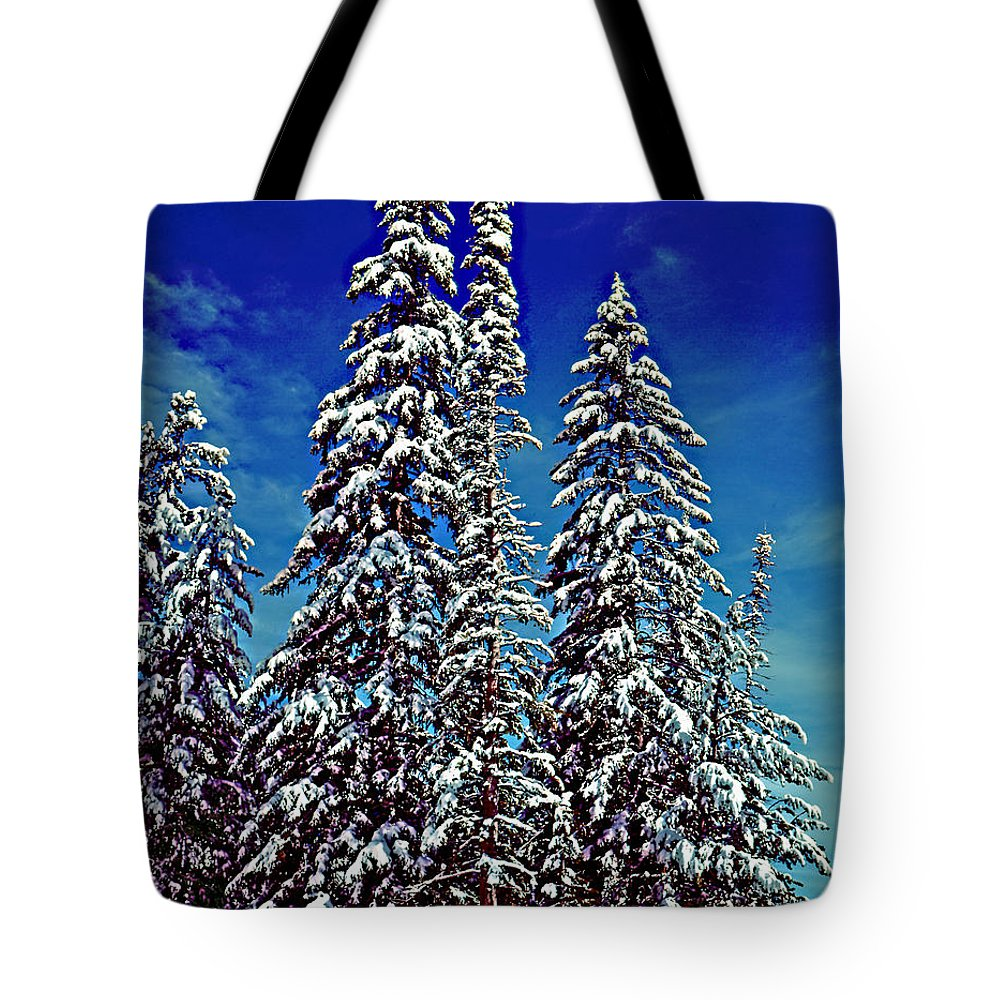 Wyoming Tote Bag featuring the photograph Snow Trees by Rich Walter
