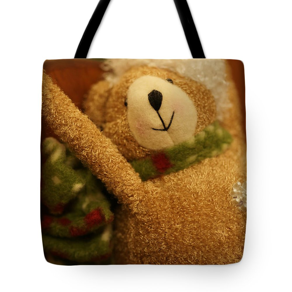 Christmas Tote Bag featuring the photograph Snowflake by Linda Shafer