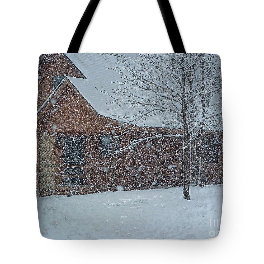 Snow Tote Bag featuring the photograph Snowy Log Cabin by Linda Steele