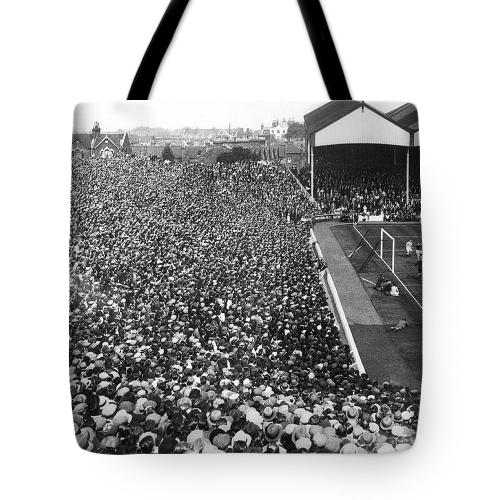 1930s Tote Bag featuring the photograph Soccer Crowd At Highbury by Underwood Archives