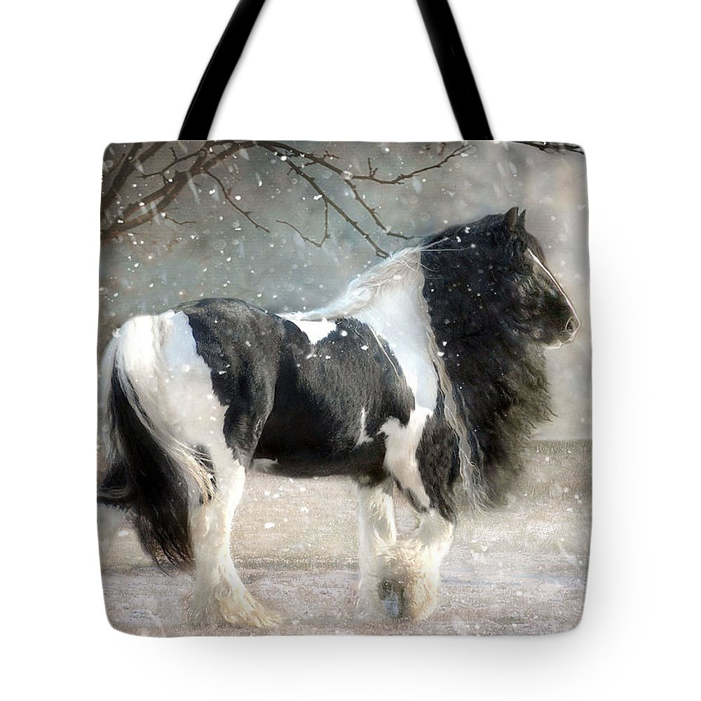 Horse Photographs Tote Bag featuring the photograph Solitary by Fran J Scott