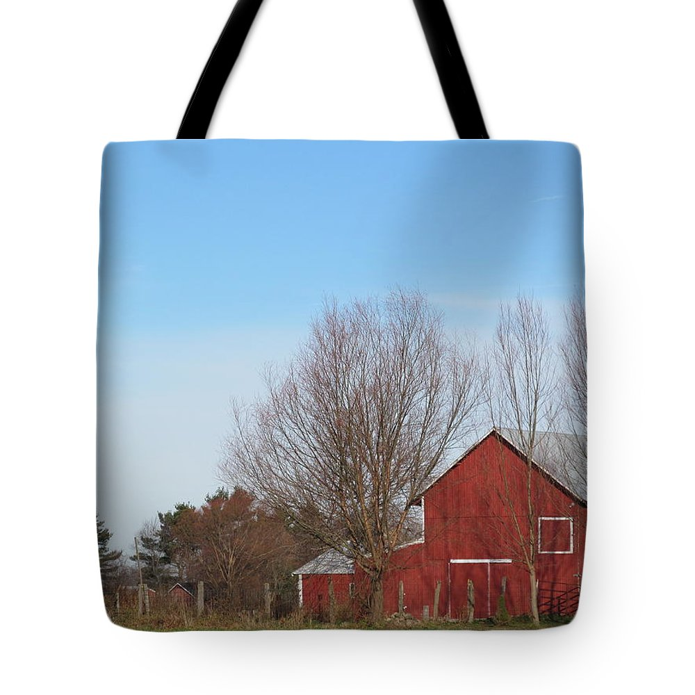 Barn Tote Bag featuring the photograph Southeast Red Barn by Tina M Wenger