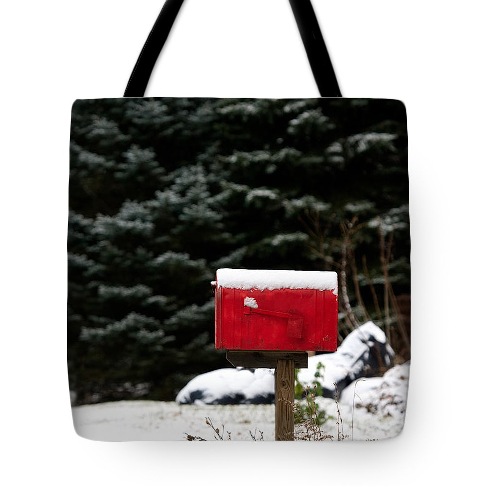 Pennsylvania Tote Bag featuring the photograph Special Delivery by Karen Lee Ensley