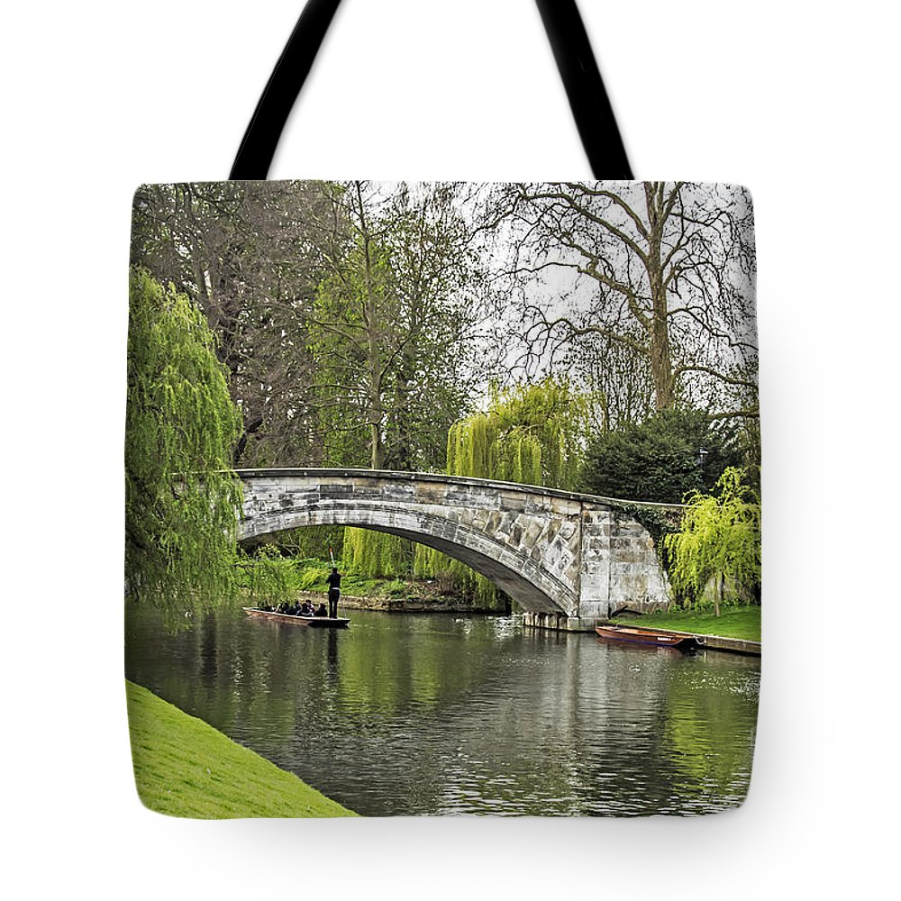 Travel Tote Bag featuring the photograph Spring And The River Cam by Elvis Vaughn