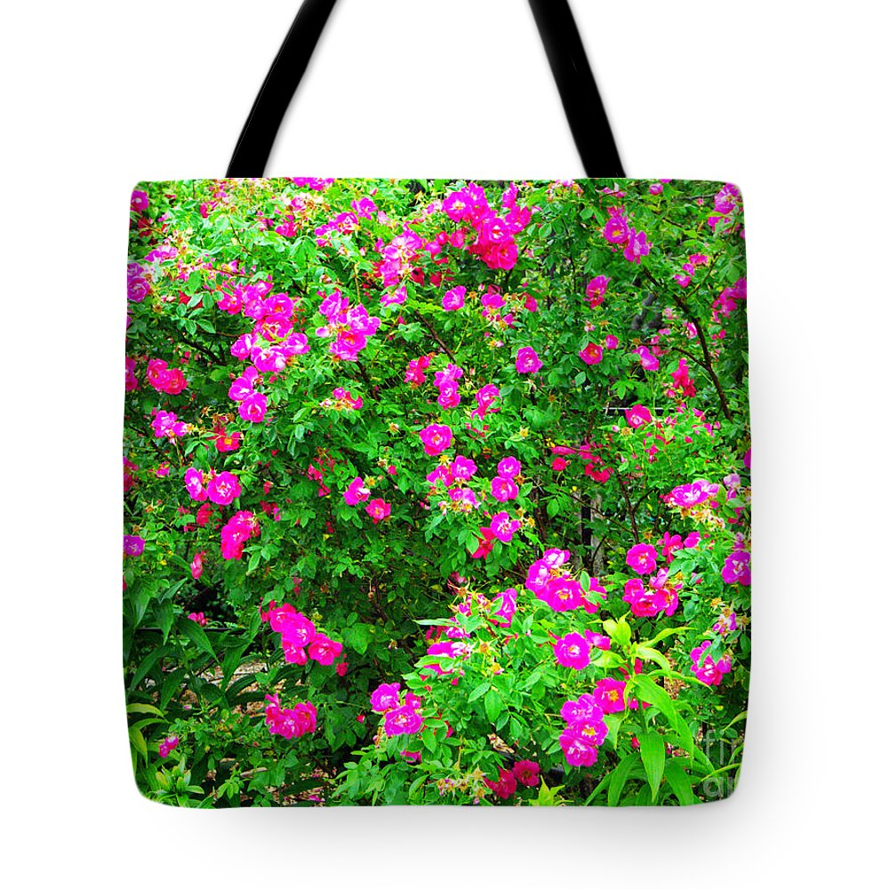 Spring Tote Bag featuring the photograph Spring Blooms by Gary Richards
