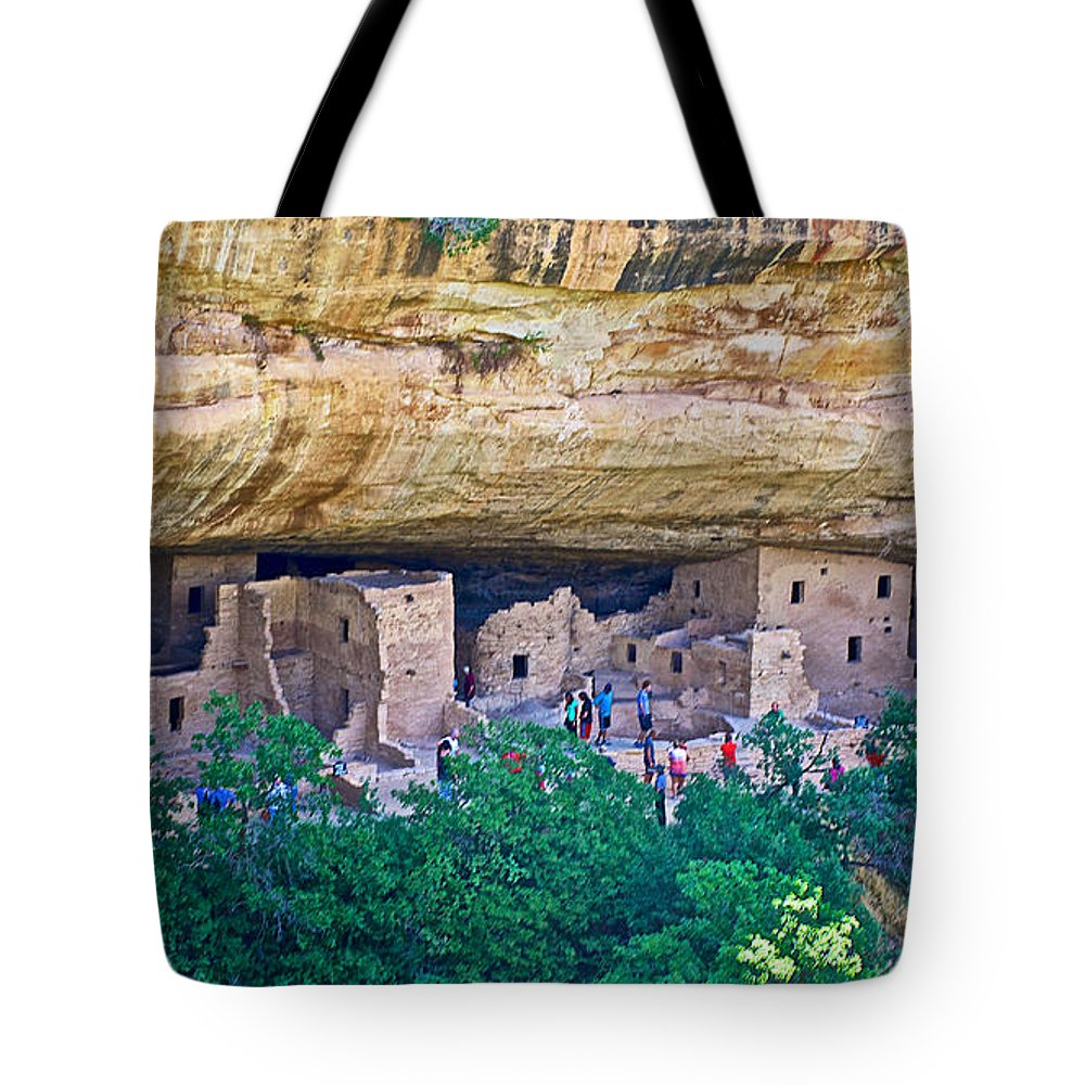 Spruce Tree House On Chapin Mesa In Mesa Verde National Park Tote Bag featuring the photograph Spruce Tree House On Chapin Mesa In Mesa Verde National Park-colorado by Ruth Hager