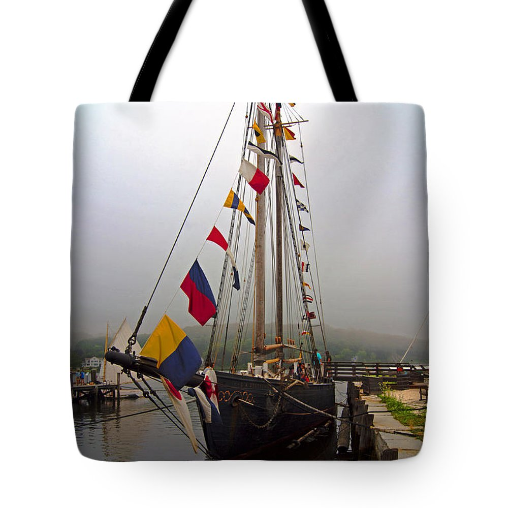 Boat Tote Bag featuring the photograph Stately by Joe Geraci