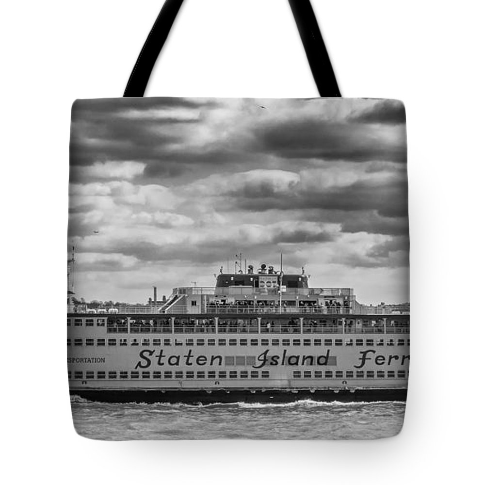 Boats Tote Bag featuring the photograph Staten Island Ferry 10484 by Guy Whiteley