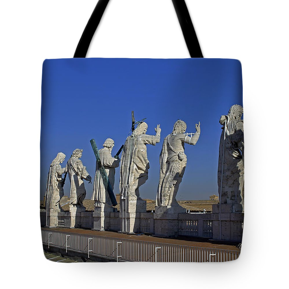 Facade Of St Peters Tote Bag featuring the photograph Statues On Facade Of St Peters by Tony Murtagh