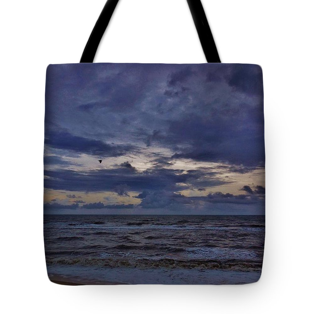 Mark Lemmon Cape Hatteras Nc The Outer Banks Photographer Subjects From Sunrise Tote Bag featuring the photograph Stormy Morning 3 11/11 by Mark Lemmon