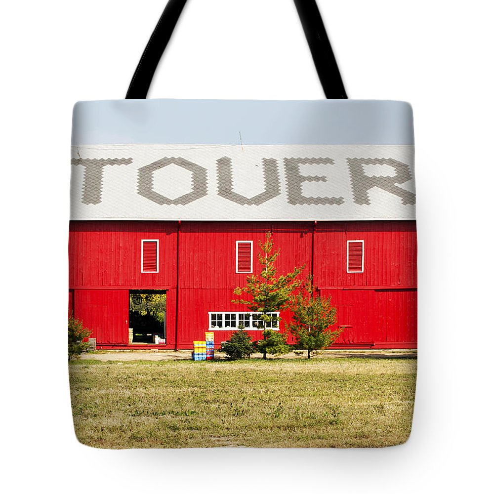 Horizontal Tote Bag featuring the photograph Stovers Farm Market Berrien Springs Michigan Usa by Sally Rockefeller