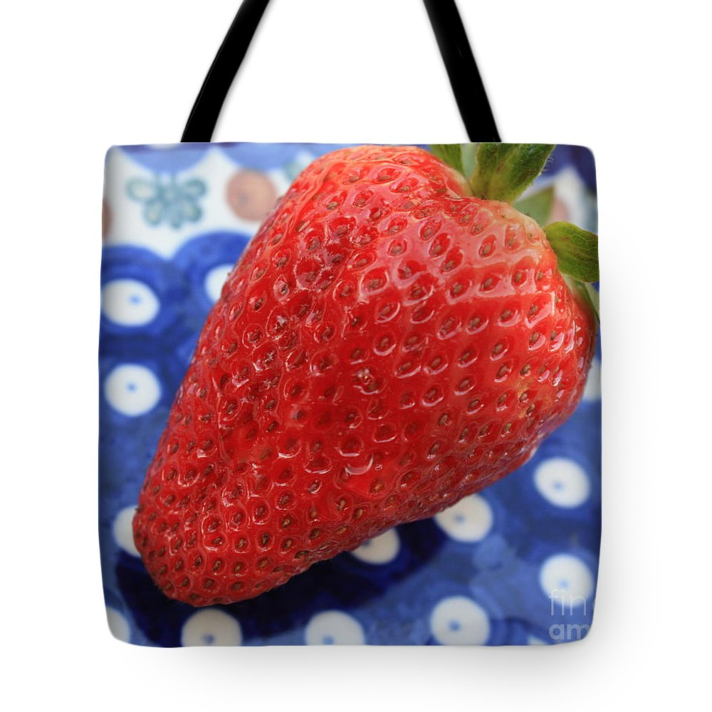 Strawberry Tote Bag featuring the photograph Strawberry On Blue Plate by Carol Groenen