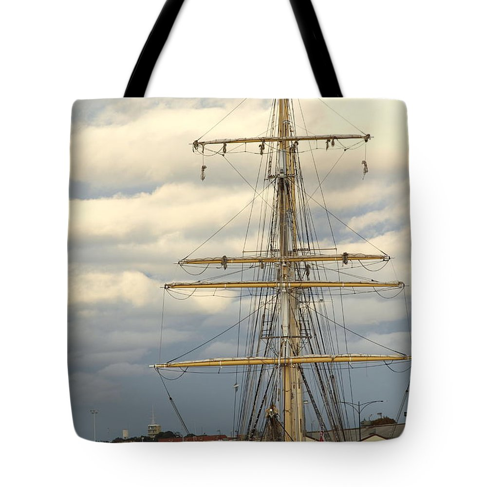 Sts Leeuwin Ii Tote Bag featuring the photograph Sts Leeuwin II 2am-112486 by Andrew McInnes
