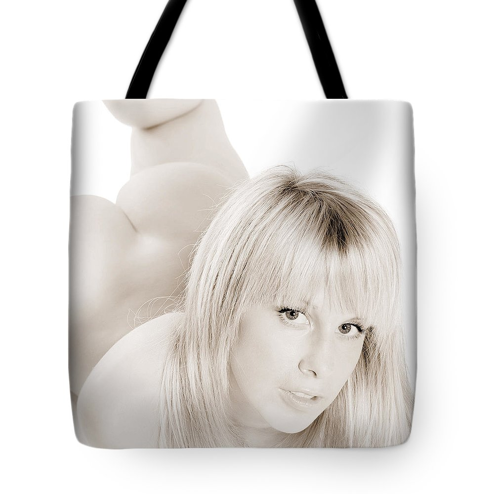 Woman Tote Bag featuring the photograph Stunning Beauty by Jochen Schoenfeld