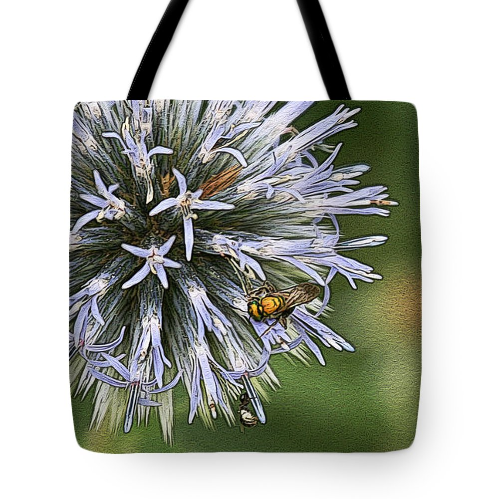 Flowers Tote Bag featuring the photograph Summer Hue by Yvonne Wright