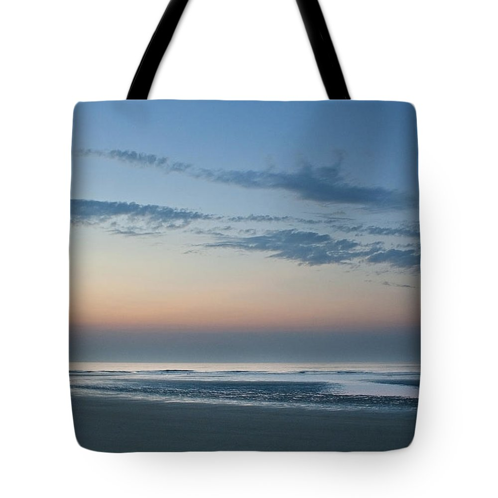 Sunrise Tote Bag featuring the photograph Sun Rise by Elisabete Companion