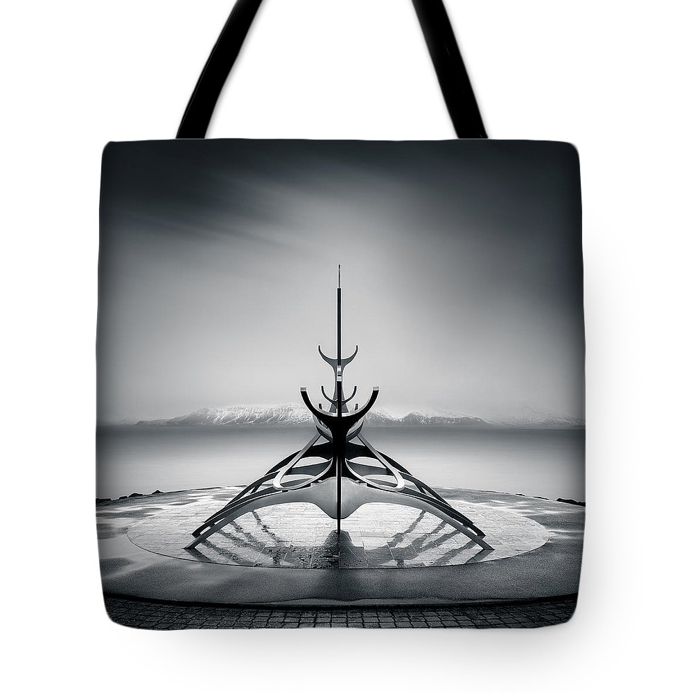 Sun Voyager Tote Bag featuring the photograph Sun Voyager by Dave Bowman