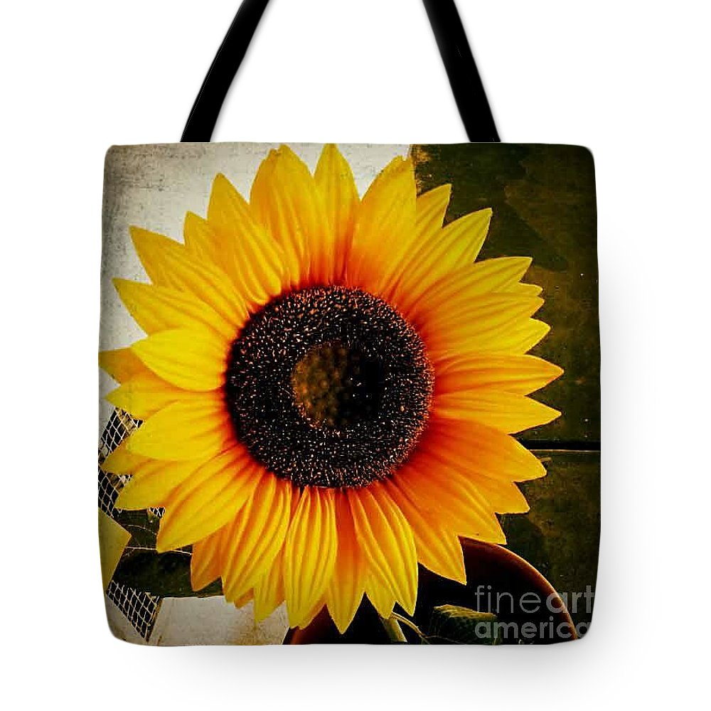 Flower Tote Bag featuring the photograph Sunflower by Fei A