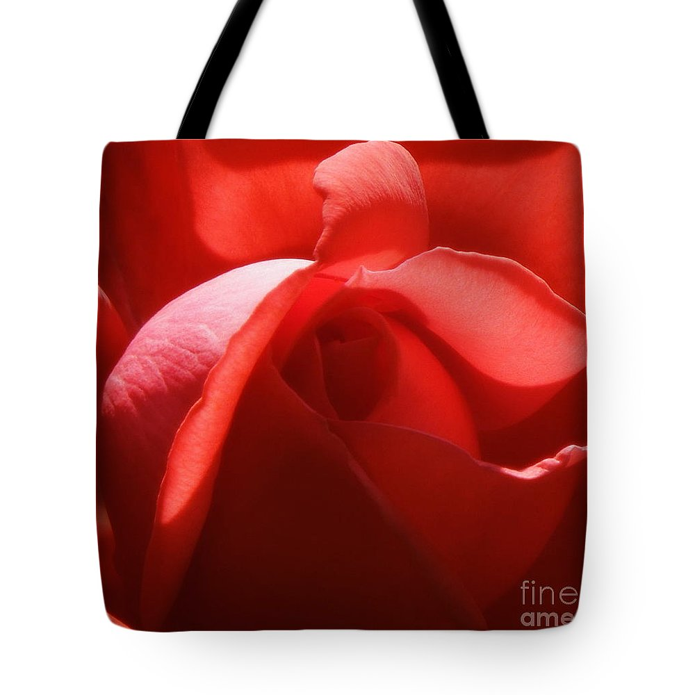 Funky Tote Bag featuring the photograph Sunlit Red by Renee Trenholm