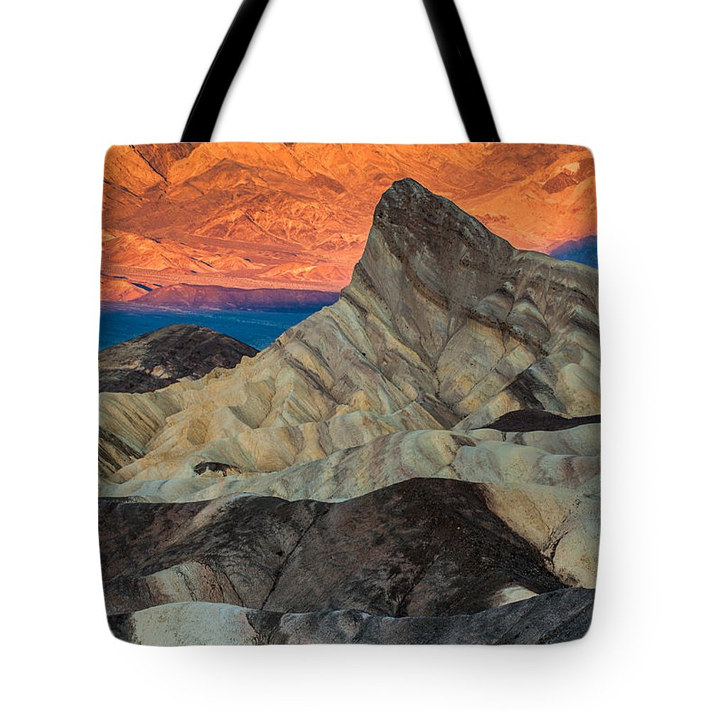Sunrise At Manly Beacon Tote Bag featuring the photograph Sunrise At Manly Beacon by George Buxbaum