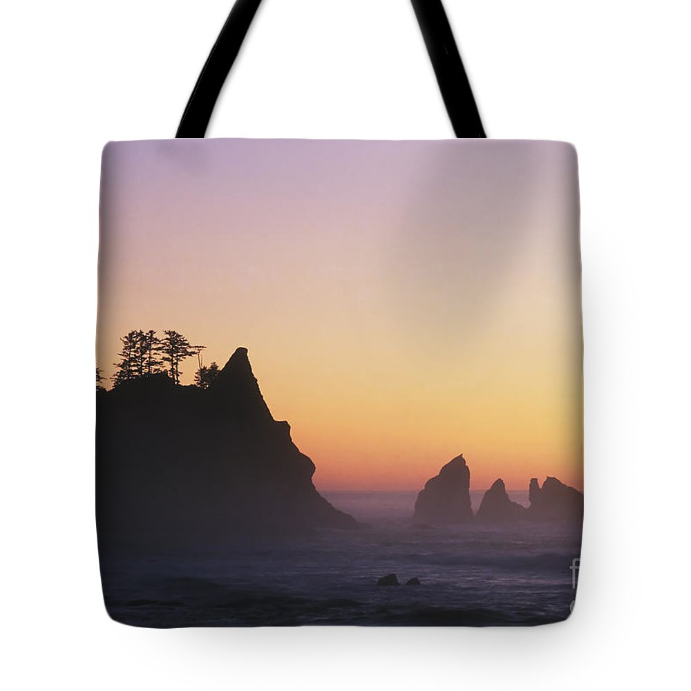 Nature Tote Bag featuring the photograph Sunset At Point Of The Arches by David Davis