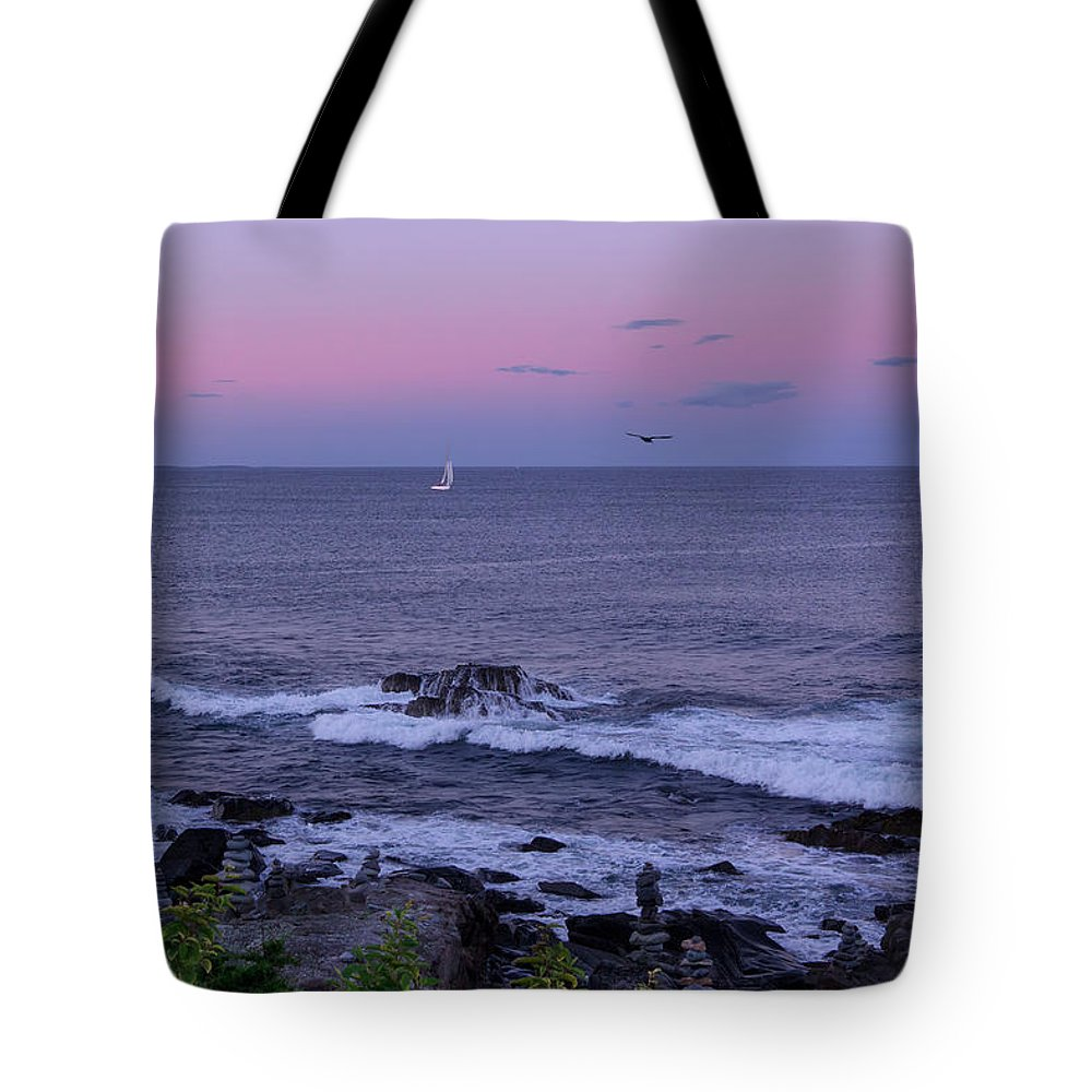 Sunset Tote Bag featuring the photograph Sunset On The Marginal Way In Ogunquit Maine by Chris Whiton