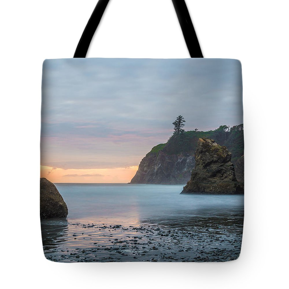 Olympic National Park Tote Bag featuring the photograph Sunset on the Rocks by Kristopher Schoenleber