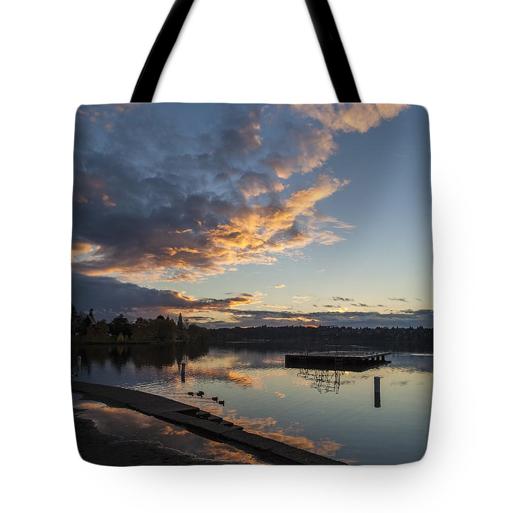 Greenlake Tote Bag featuring the photograph Sunset Ripples In Time by Mike Reid