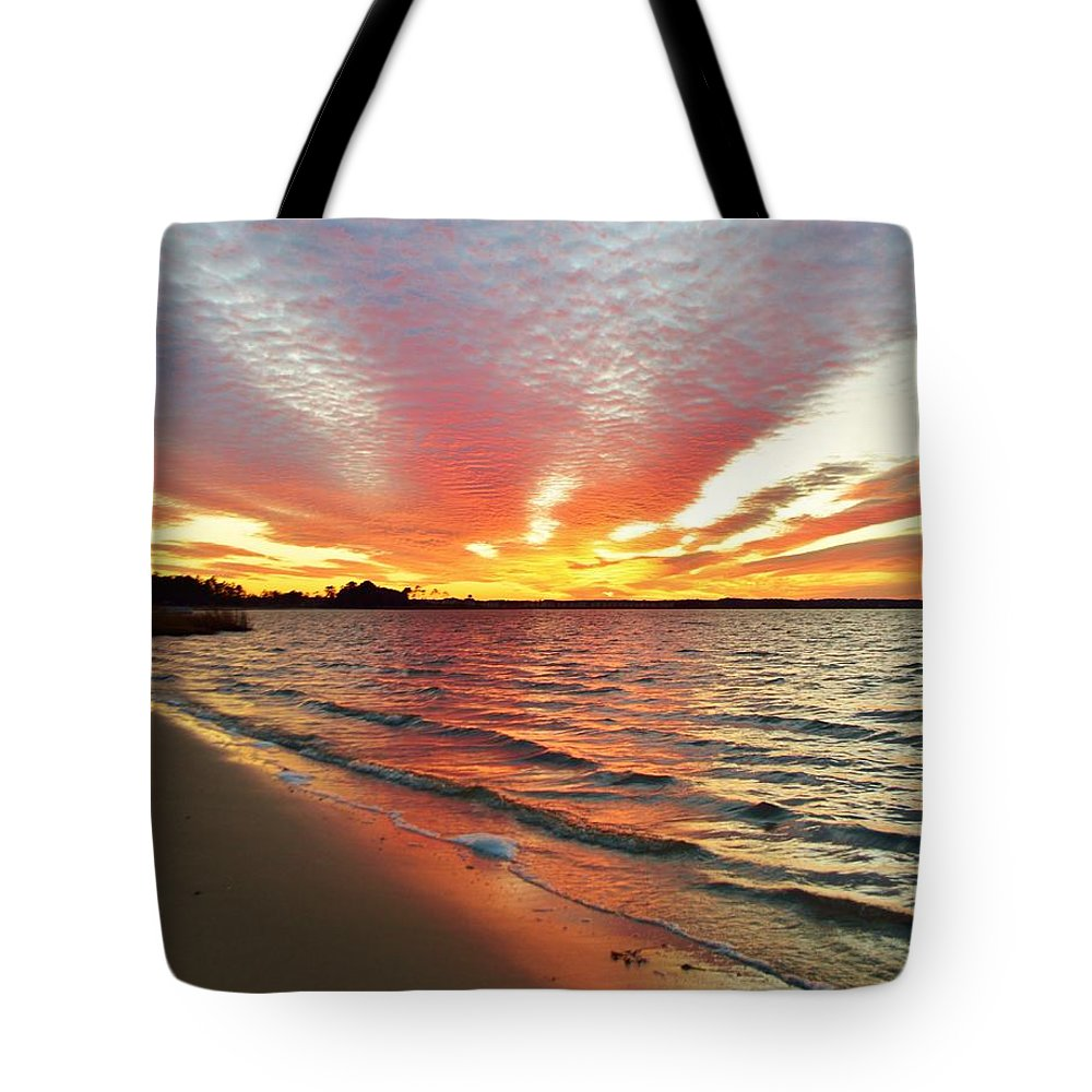 Beach Bum Pics Tote Bag featuring the photograph Sunset Streaks by William Bartholomew