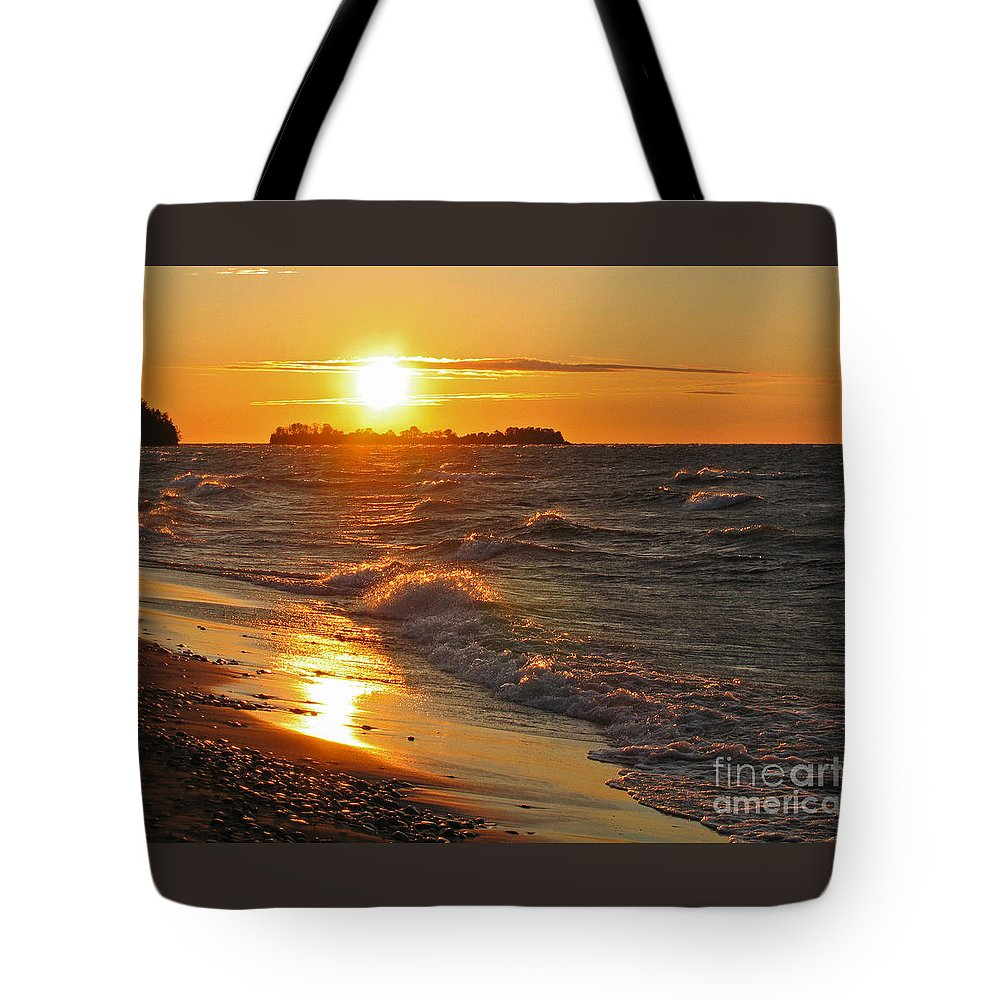 Sunset Tote Bag featuring the photograph Superior Sunset by Ann Horn