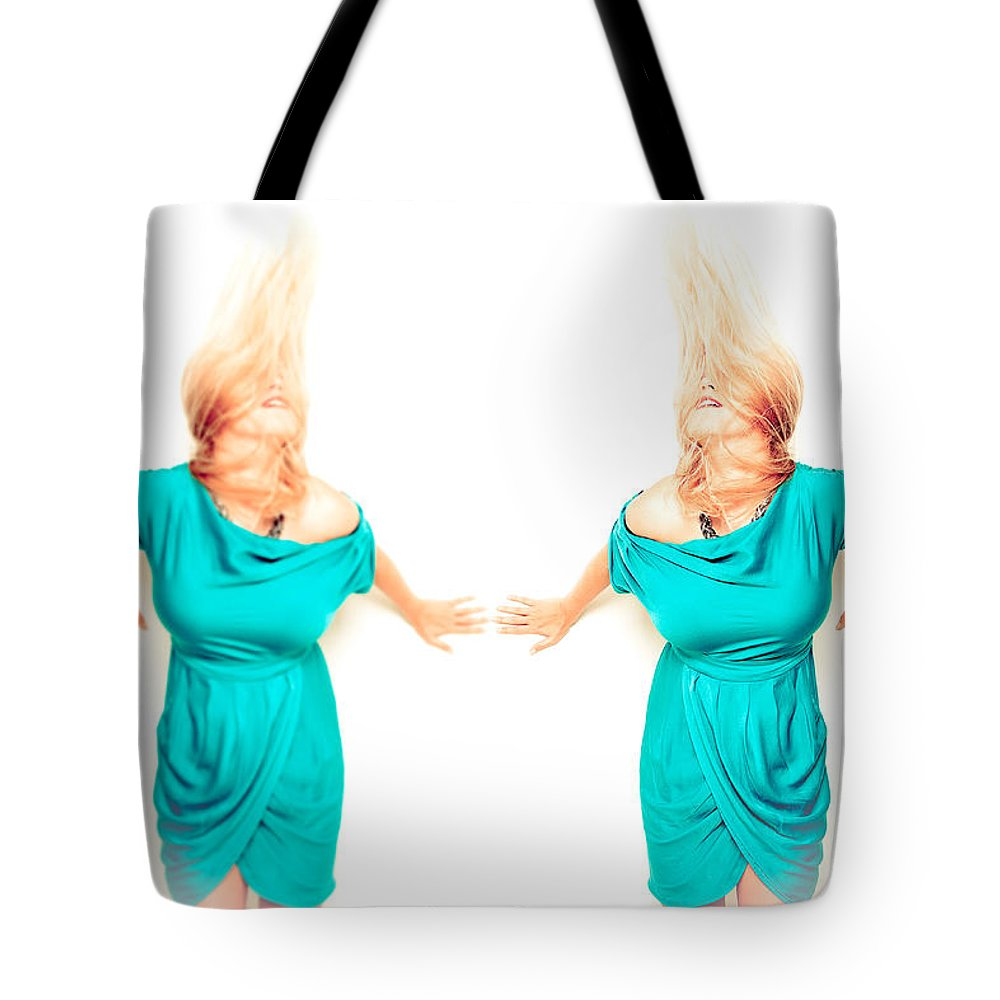 Woman Tote Bag featuring the photograph Superstar Me by Les Lorek