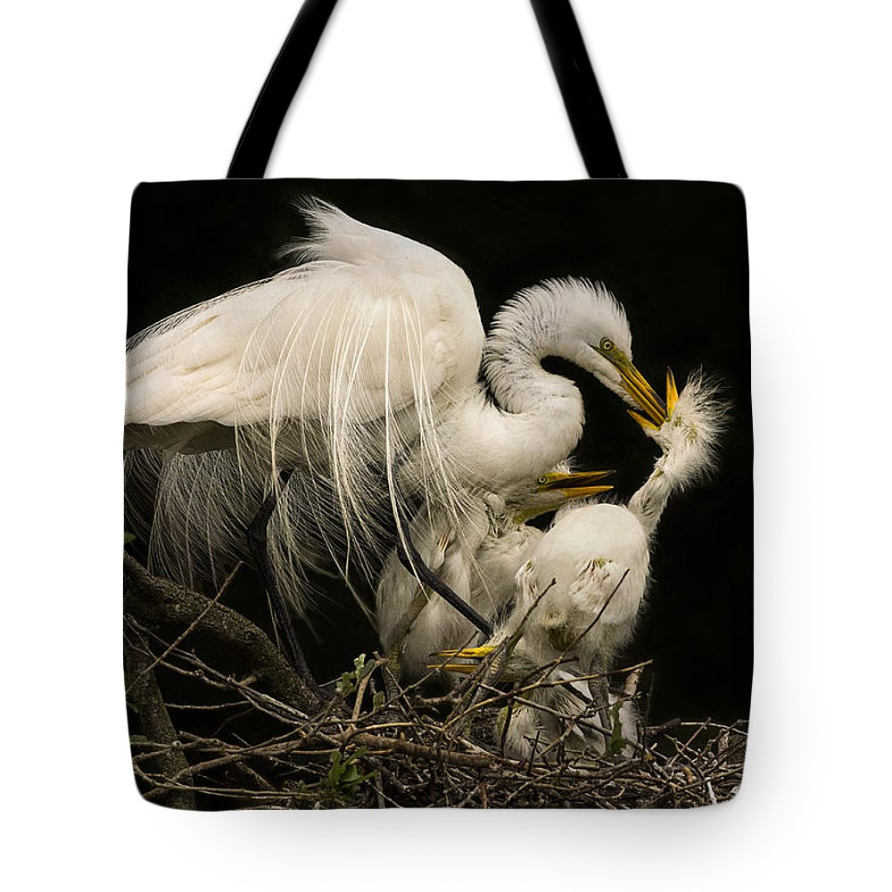 Great Egret Tote Bag featuring the photograph Suppertime by Priscilla Burgers