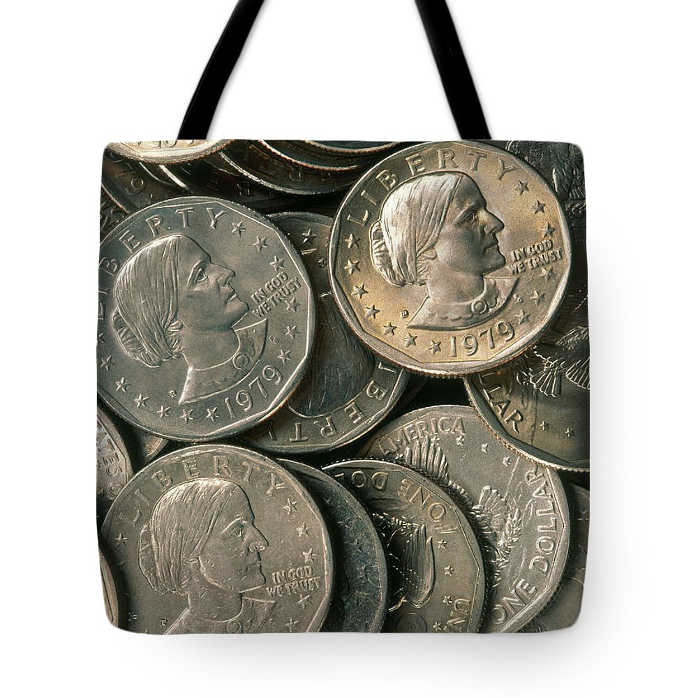 Susan B. Anthony Tote Bag featuring the photograph Susan B. Anthony Dollar by David N. Davis