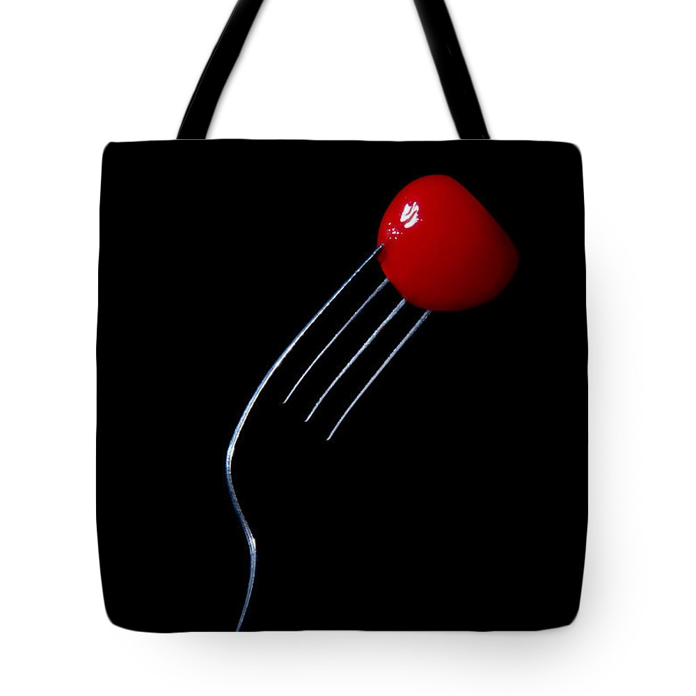 Sweet Memory Tote Bag featuring the photograph Sweet Memory by Agustin Uzarraga
