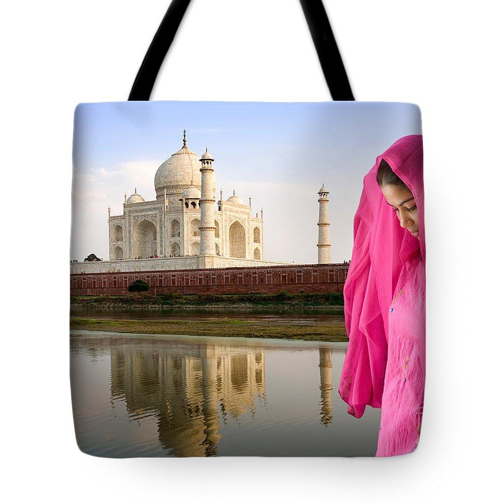 Landscape Tote Bag featuring the photograph Taj Mahal by David Davis