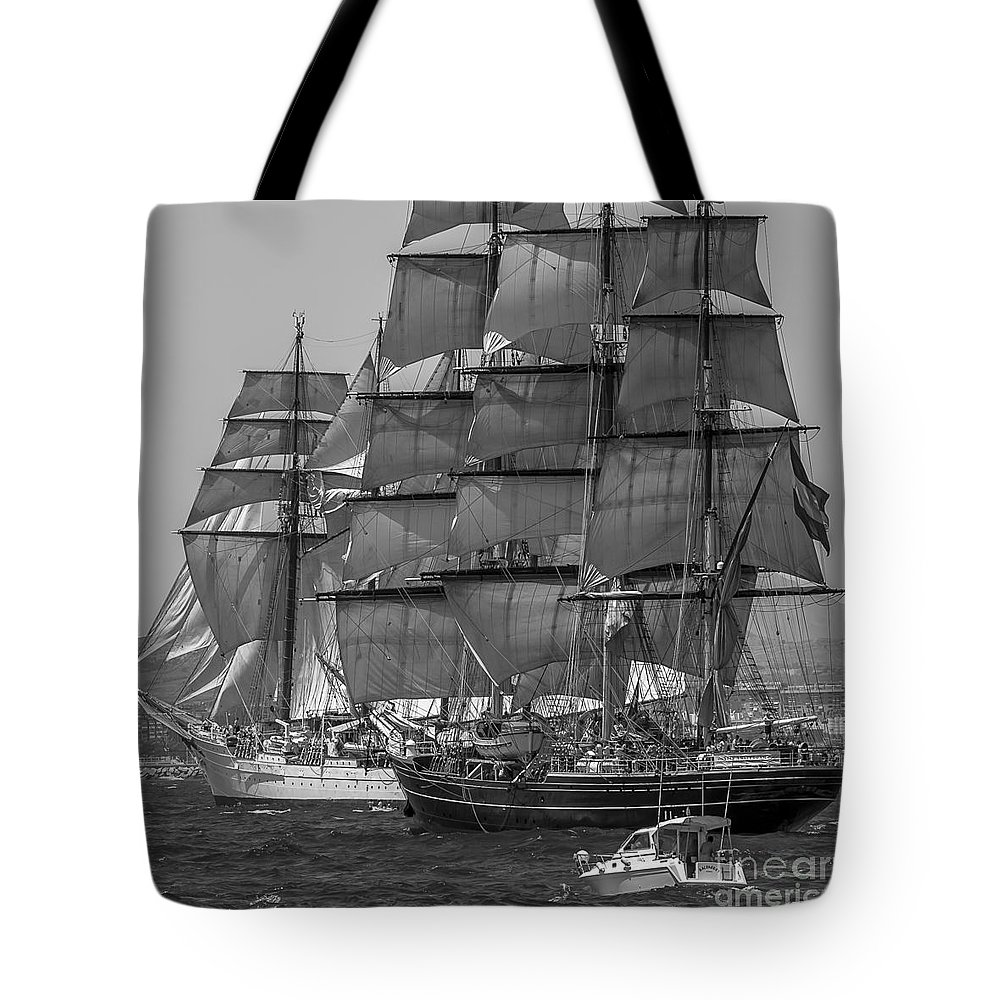 Tall Ships Tote Bag featuring the photograph Tall Ship Stad Amsterdam by Pablo Avanzini