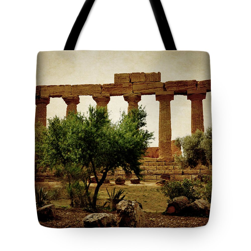 Hermanos Tote Bag featuring the photograph Temple Of Juno Lacinia In Agrigento by RicardMN Photography