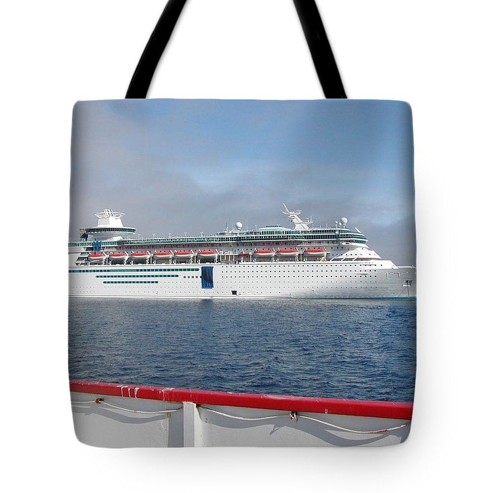 Cruise Tote Bag featuring the photograph Tendered Ship by Scenic Sights By Tara