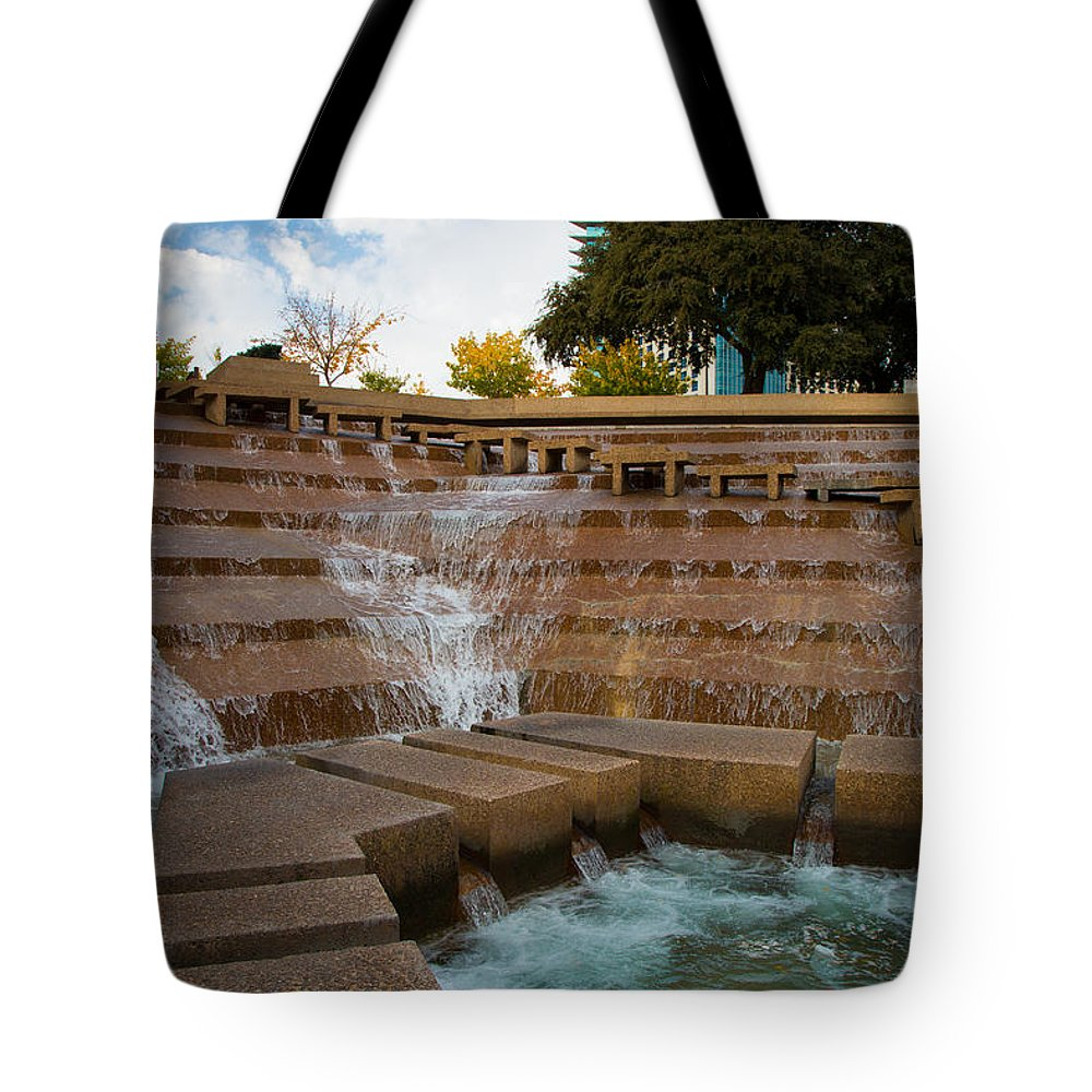 America Tote Bag featuring the photograph Texas Water Gardens by Inge Johnsson