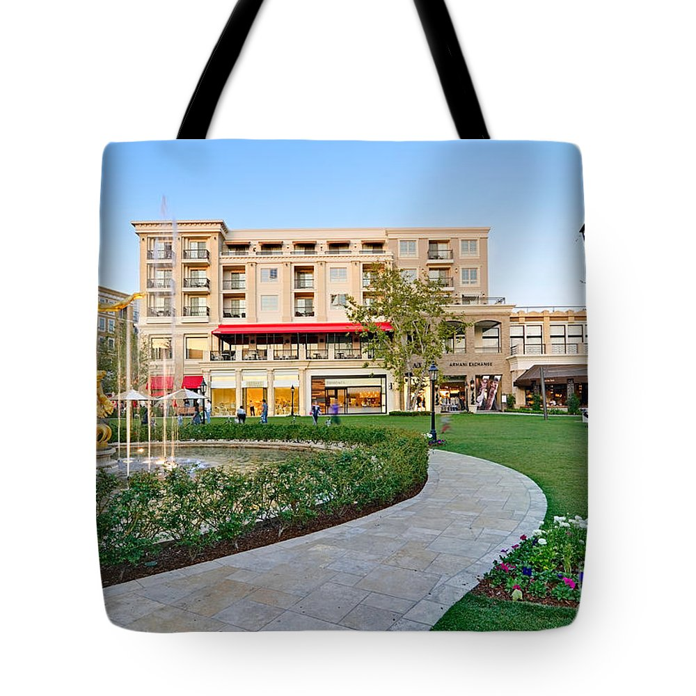 Americana Tote Bag featuring the photograph The Americana At Brand Outdoor Shopping Mall In California. by Jamie Pham