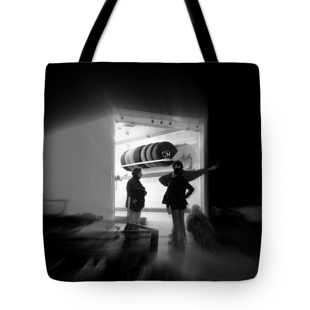 Black And White Tote Bag featuring the photograph the Art of Waiting by Robert Shinn