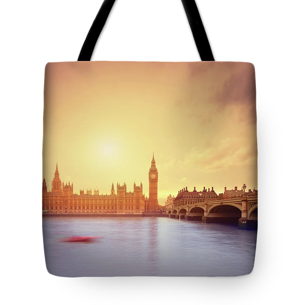 Clock Tower Tote Bag featuring the photograph The Big Ben And Parliament In London by Mammuth