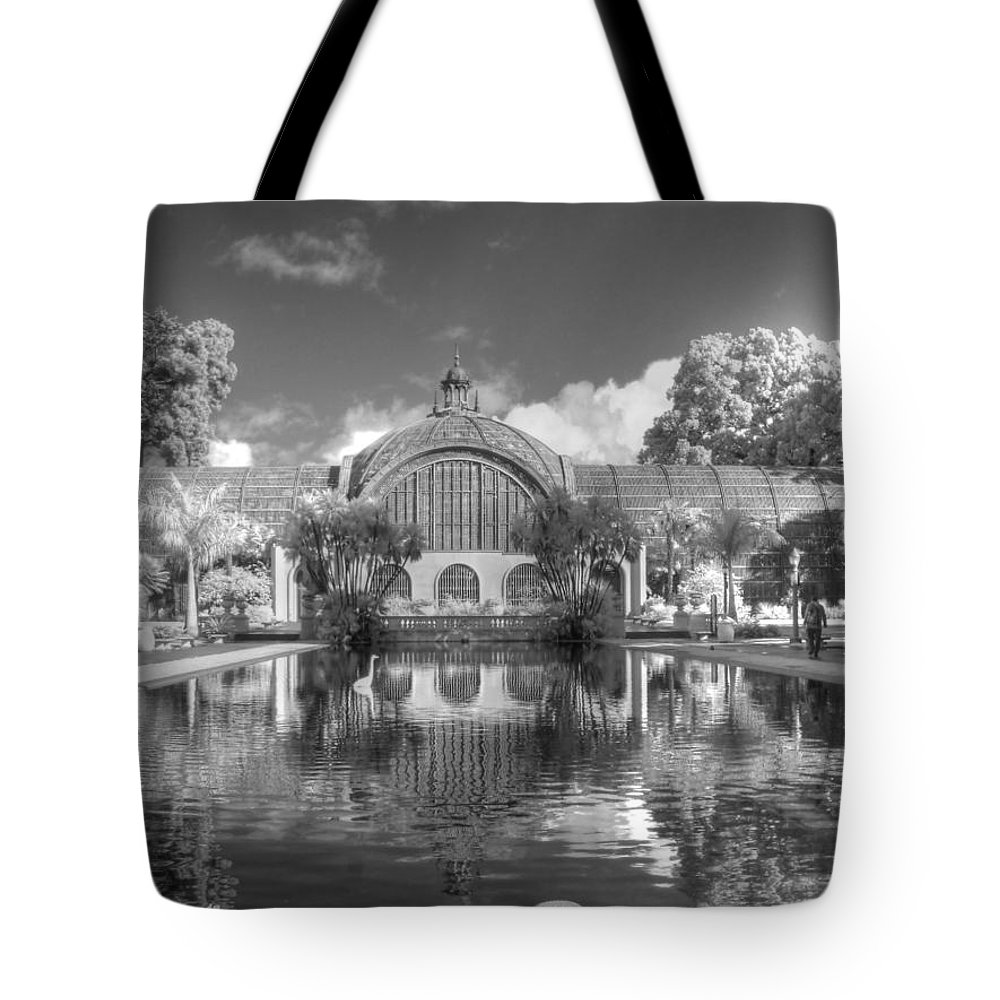 Botanical Building Tote Bag featuring the photograph The Botanical Building In Black And White by Jane Linders
