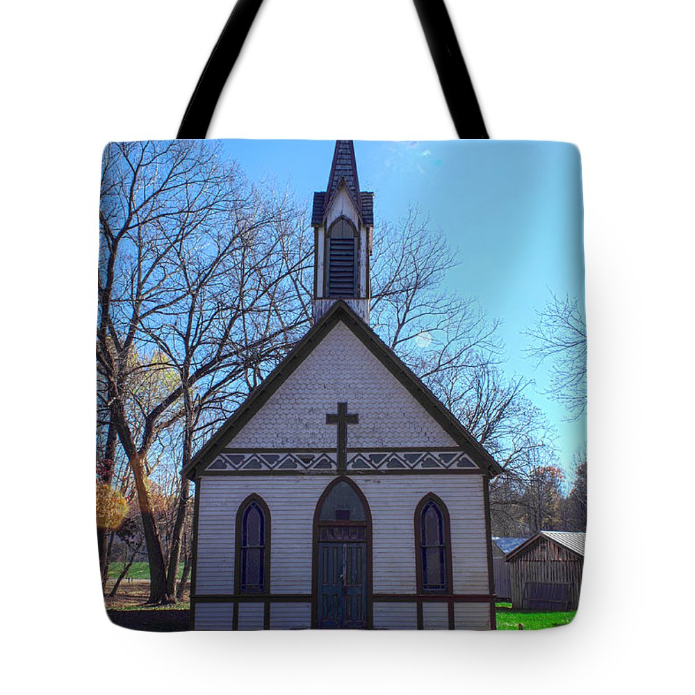 Parke Co Indiana Tote Bag featuring the photograph The Church At Billie Creek by Thomas Sellberg