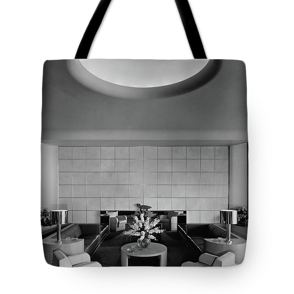 Interior Tote Bag featuring the photograph The Executive Lounge At The Ford Exposition by Robert M. Damora
