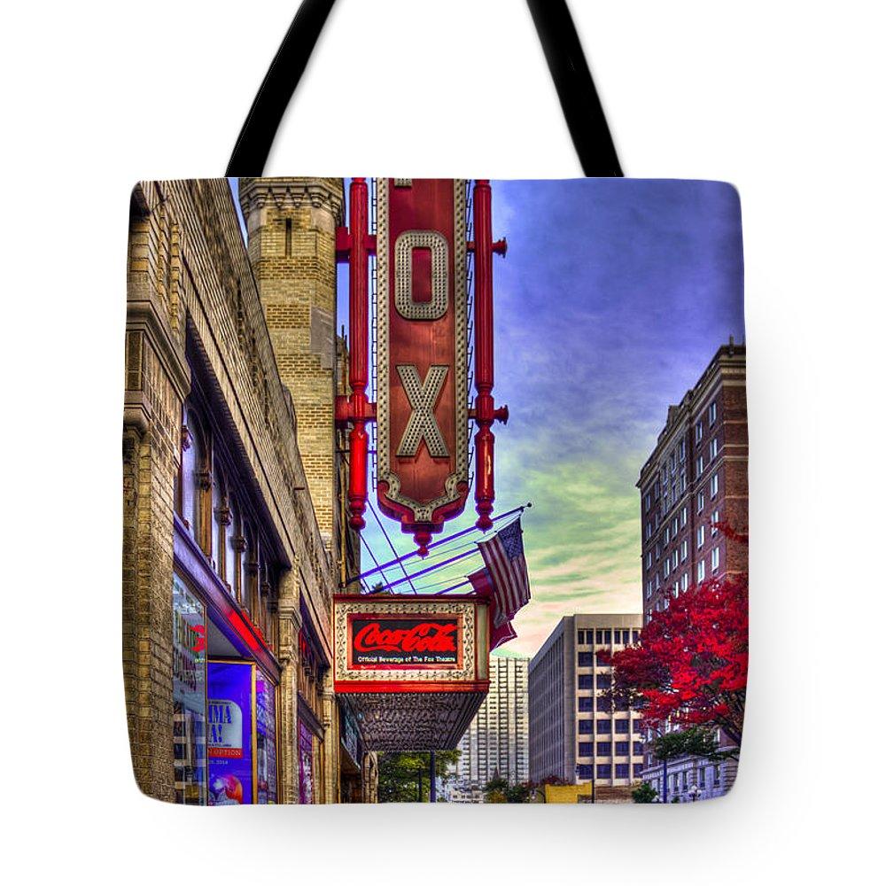 Reid Callaway Fox Theater Tote Bag featuring the photograph The Fabulous Fox Atlanta Georgia. by Reid Callaway