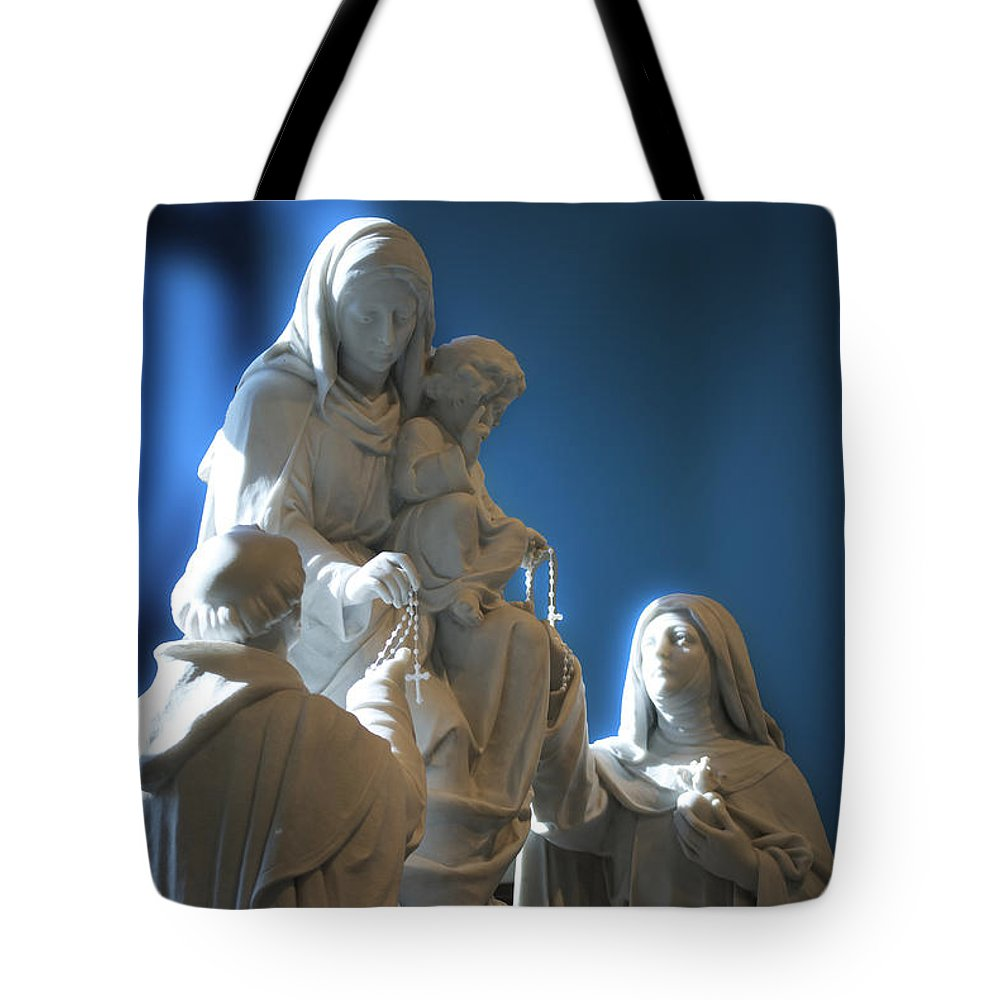 Rosary Tote Bag featuring the photograph The Gift Of The Rosaries Statue by Thomas Woolworth