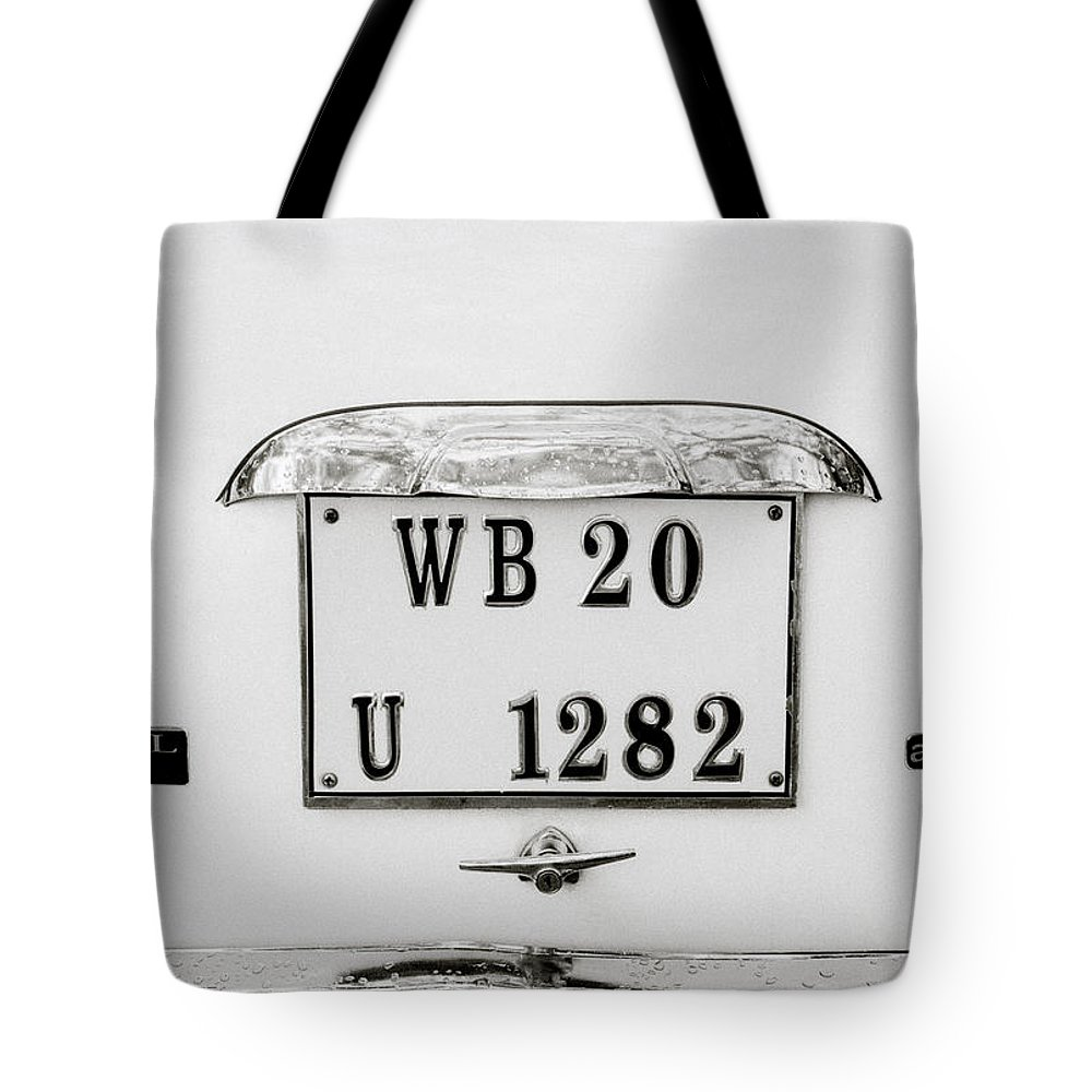 Car Tote Bag featuring the photograph The Hindustan Ambassador by Shaun Higson