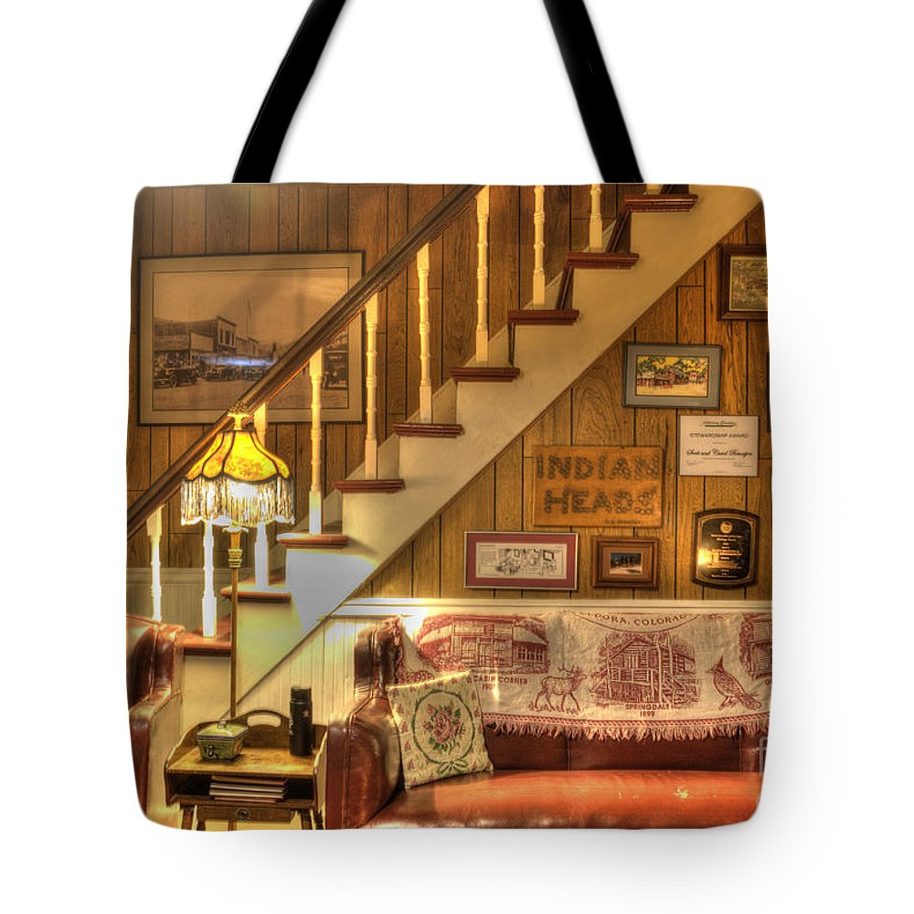 601 Klondyke Ave Tote Bag featuring the photograph The Lobby by Juli Scalzi