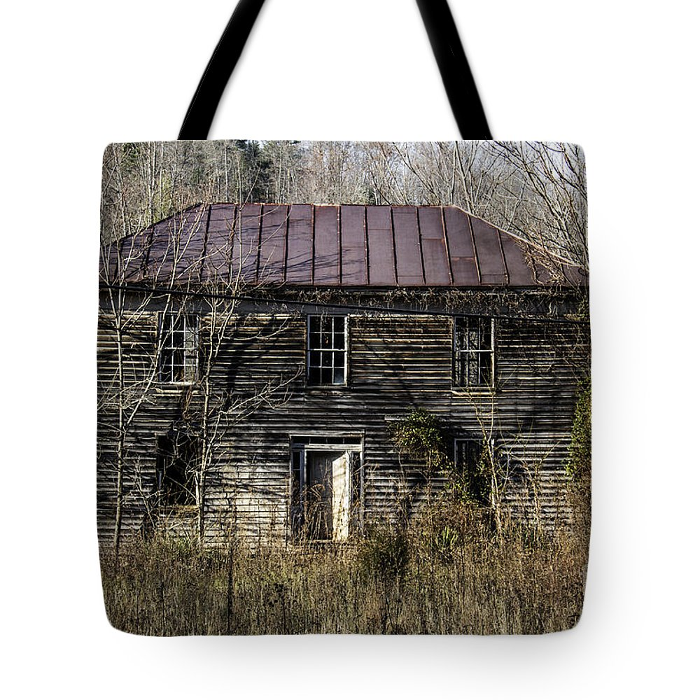 Abandoned Tote Bag featuring the photograph The Mansion by Teresa Mucha
